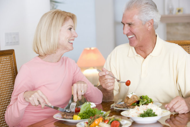5 Tips: How Seniors can Monitor Good Nutrition