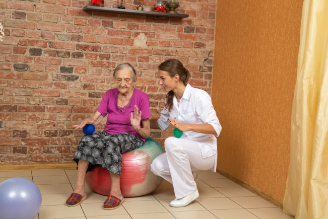 Physical Therapy: How Does It Reduce Fall Risk?